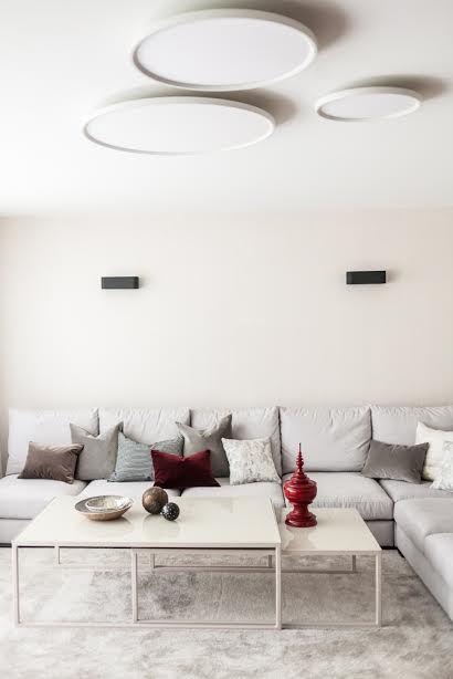 Ewelina Makosa Interior Design + Jan Garncarek Table Design
