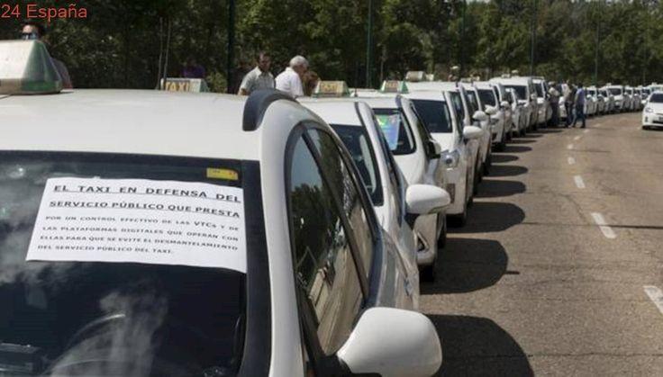 Fomento exigirá inspecciones y distintivos para evitar «competencia desleal» a los taxis en Castilla y León