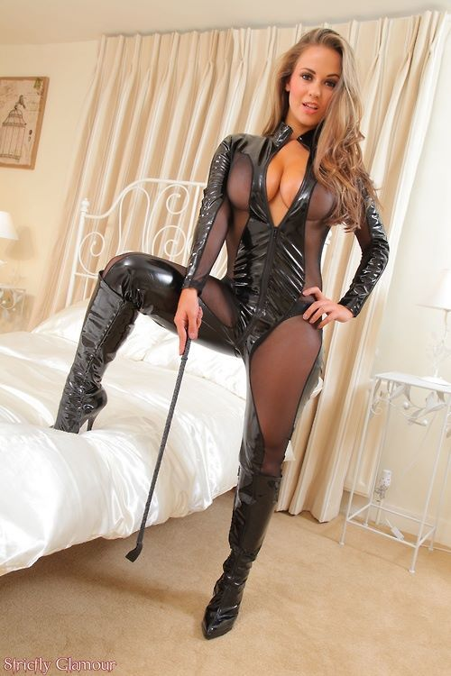 Shemale Emma In Boots 60