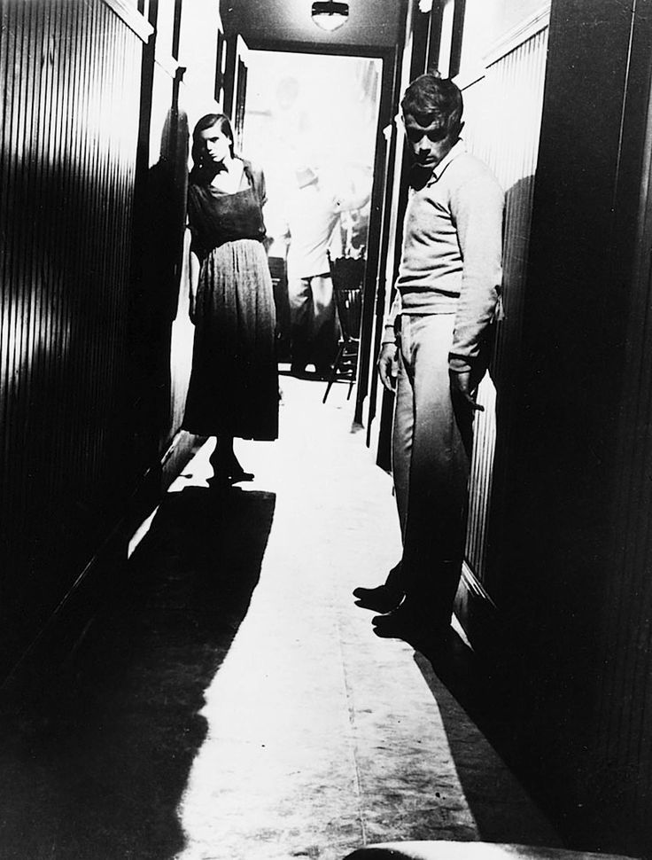 James Dean and Lois Smith in East of Eden