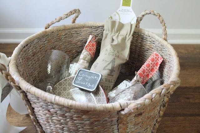 Wedding Gift Honeymoon Basket : ... Wedding baskets on Pinterest Rustic wedding programs, Wedding and