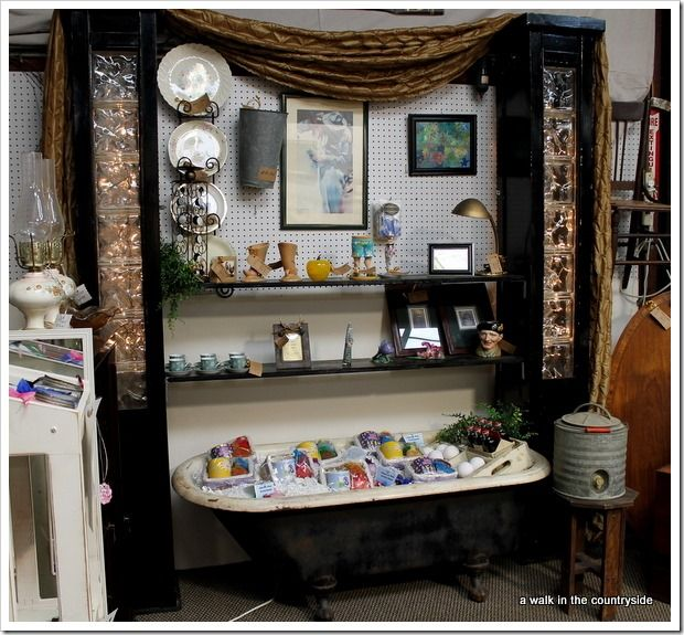 Antique Booth Display Tips | Walk in the Countryside: Booth Display Ideas
