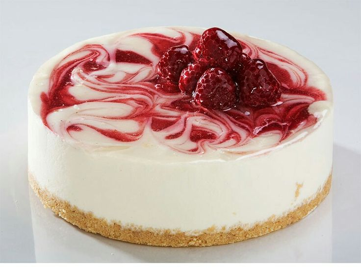 Such a good looking strawberry cheese cake!!!