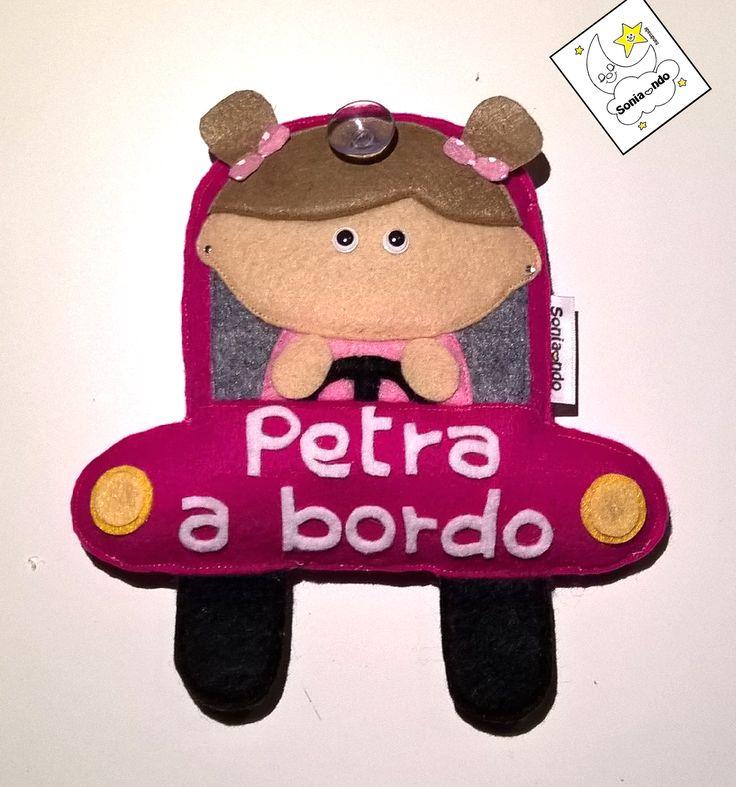 """Targa per auto """"bebè a bordo"""" in feltro personalizzata"""