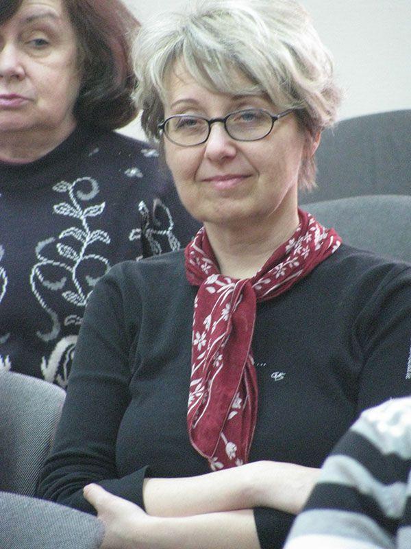 На фото бібліотекар Вікторія Бикова
