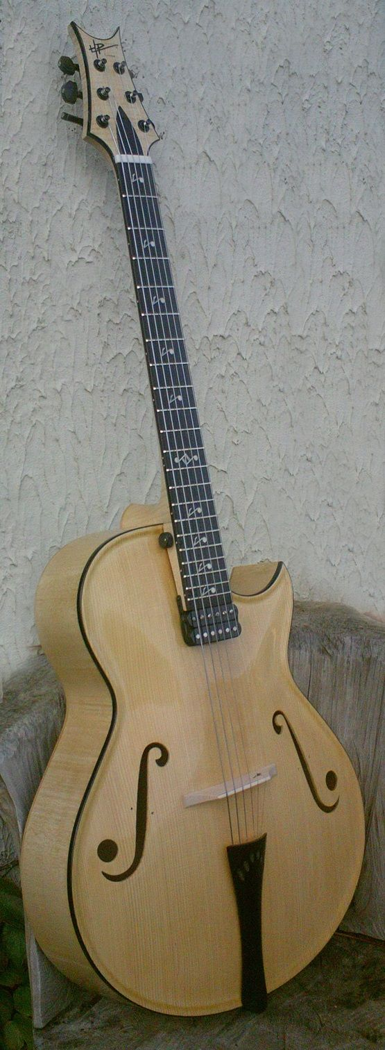 HP Luthier Louna archtop
