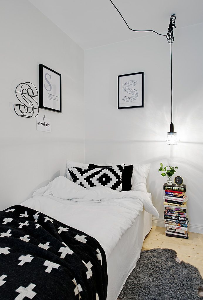 bright white and black for kids room...one side purple accents and one side blue accents?