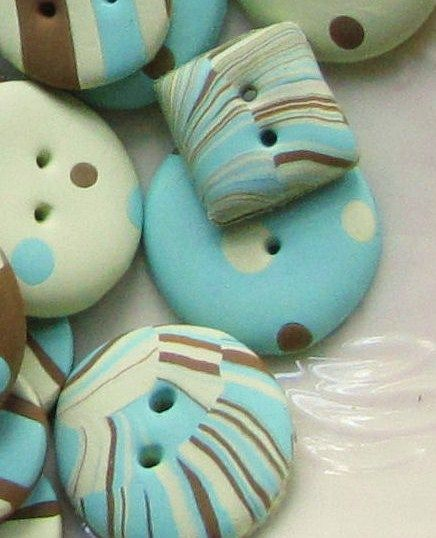 DIY No Bake Polymer clay recipe  to making your own buttons ...(Suzy Homefaker)