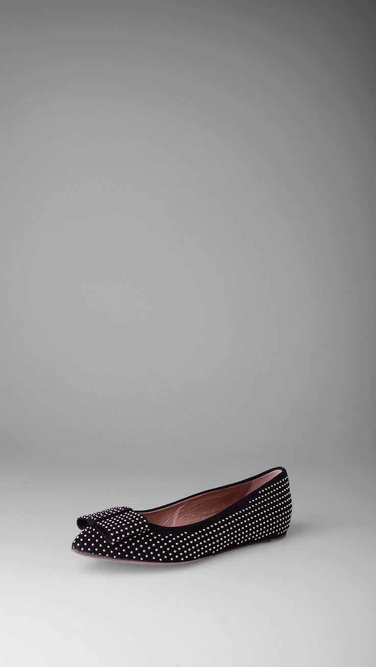 L'Autre Chose Studs suede flat, bow front, leather lining, rubber sole.