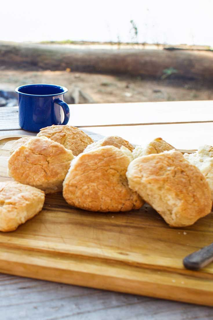 how to cook biscuits in a cast iron dutch oven