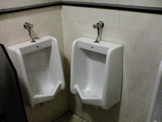 the friendliest urinals...no thanks, I'll hold it till I get home...