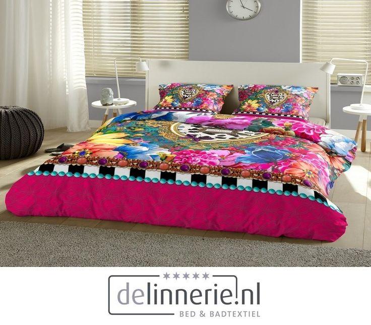 Een kleurrijk dekbedovertrek met veel vormen en patronen. Een opvallend dessin. #delinnerie #beddengoed #mellimello #kleurrijk