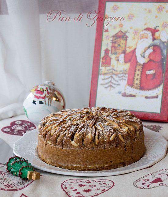 Torta integrale di mele e frutta secca - Cake with apple http://ilpandizenzero.it/sito/torta-integrale-con-mele-e-frutta-secca/