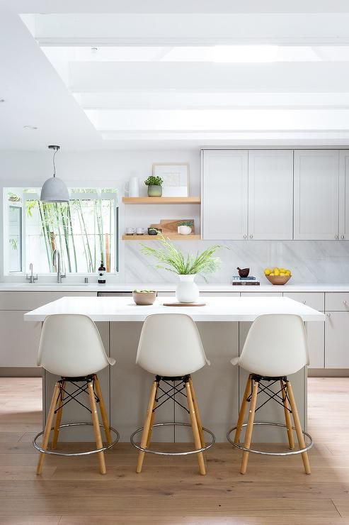Light Gray Kitchen Island Paired With Eames Molded Plastic Counter Stools Carly Waters Style Kitchens In 2018 Pinterest Cocinas
