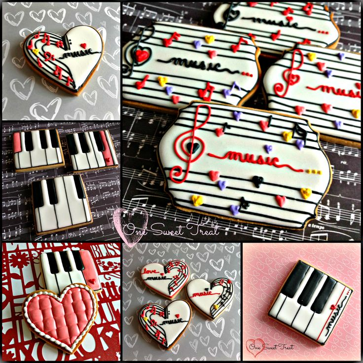 Valentine's Day sugar cookies for a music piano recital- Great way to celebrate your kids recitals/other musical achievements!