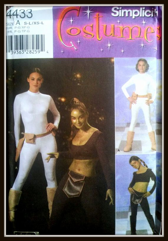 Simplicity  Star Wars Padme Aayla Secura Costumes by Elliesstudio, $35.00 Need to find this pattern