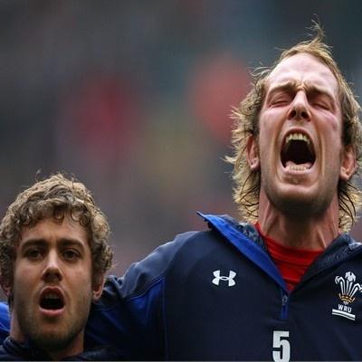 Go on Alun Wyn! #GwladGwlad #Rugby #Wales #Cymru
