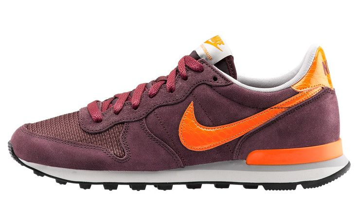 NIKE INTERNATIONALIST Prezzo: 91,00€ Compra online: http://www.aw-lab.com/shop/nike-internationalist-8035378 Spedizione Gratuita!