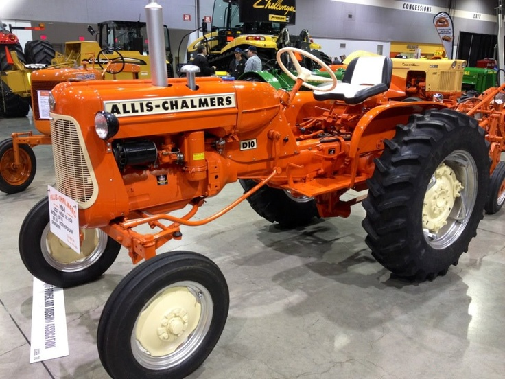 Old Allis Chalmers tractor
