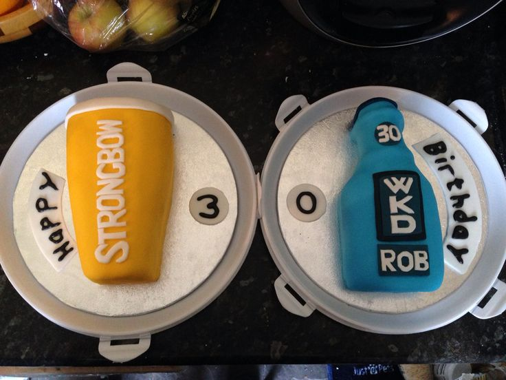 Strongbow and wkd drink cake made by me!