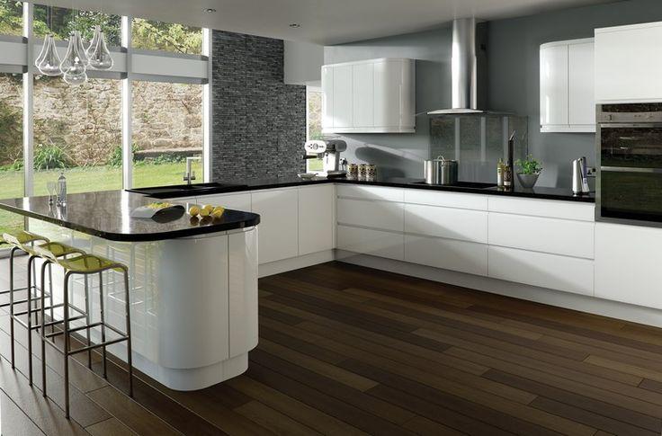 Mutfak dolapları mutfağımızın büyük bir kısmını kapsayan mobilyalardır. Burada yapacağınız renk seçenekleri genel renk konseptinizi belirleyen renkler olacaktır. Eğer mutfak dolaplar�