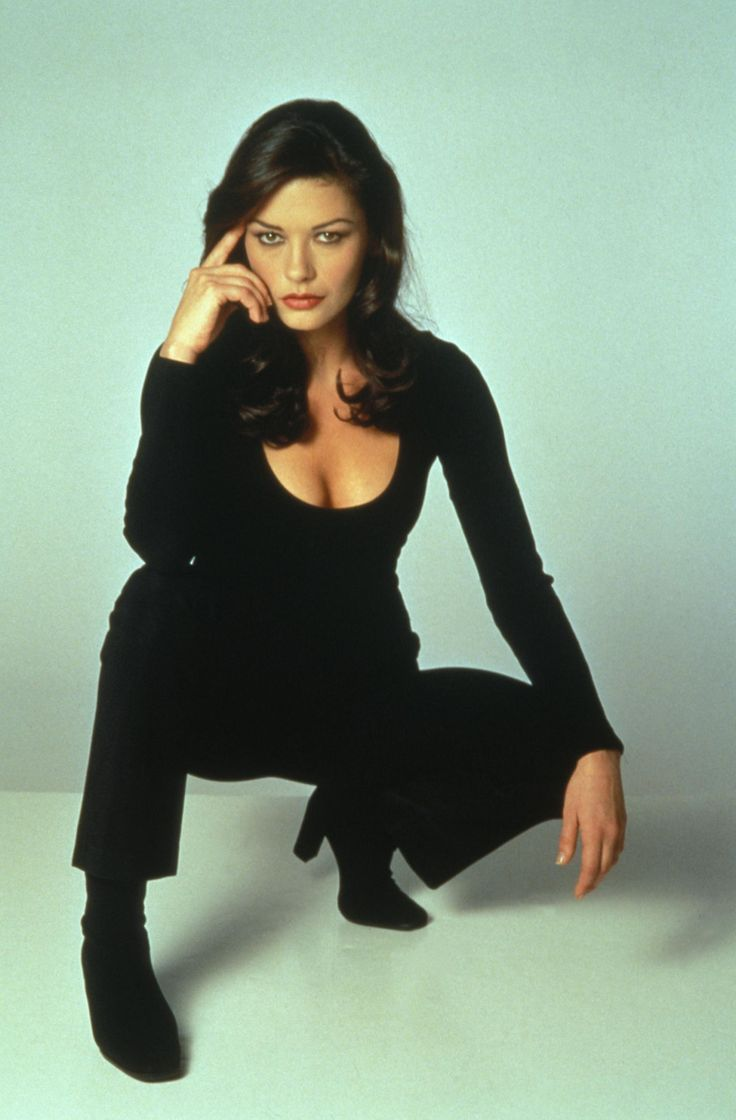 Catherine Zeta-Jones - Entrapment