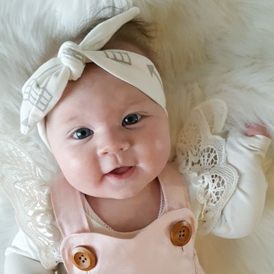 http://lillyandlace.com.au/product/topknot-headband-scandi-arrow/ white grey arrow cotton baby head wrap top knot headband
