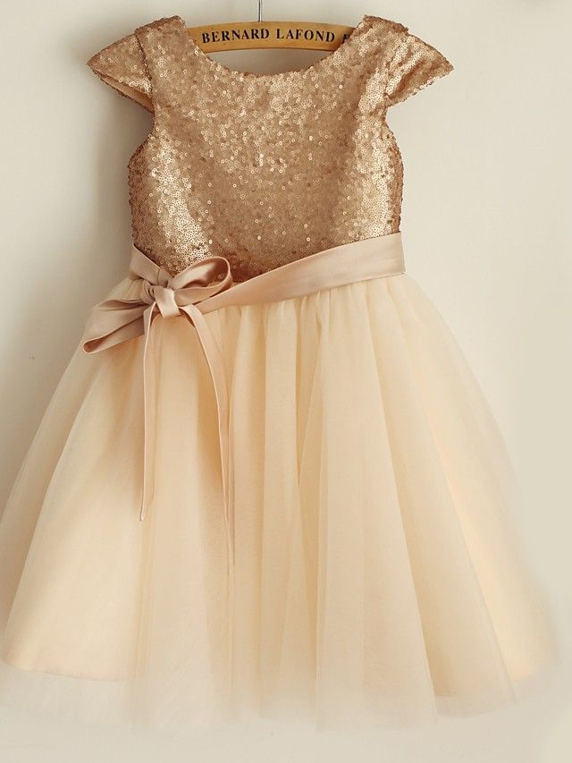 Princess Knee-length Flower Girl Dress - Sequined Short Sleeve - USD $54.99