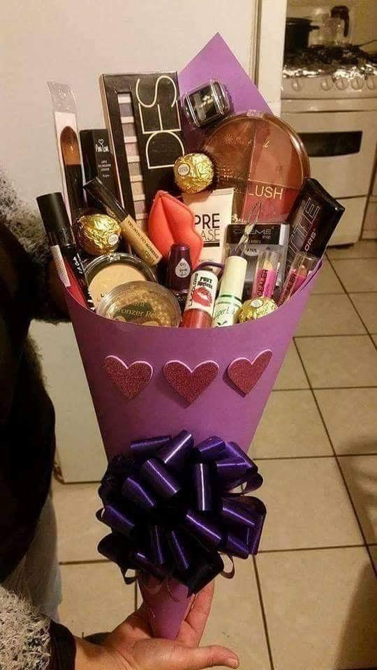 Букет в подарок на день рождения своими руками подруге 18 лет