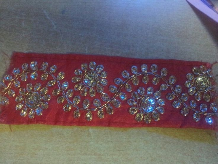 Embroider lace(9mts) rate 140/- rupees