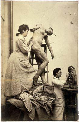 William Elborne, Camille Claudel et Jessie Lipscomb dans leur atelier du N° 117 de la rue Notre-Dame-des- Champs