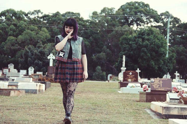 #punk #grunge #tartanskirt #graveyardshoot