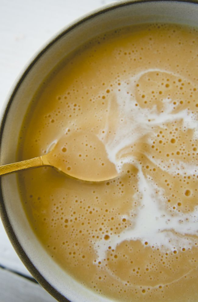 FRENCH CREAM OF PUMPKIN SOUP // THE KITCHY KITCHEN