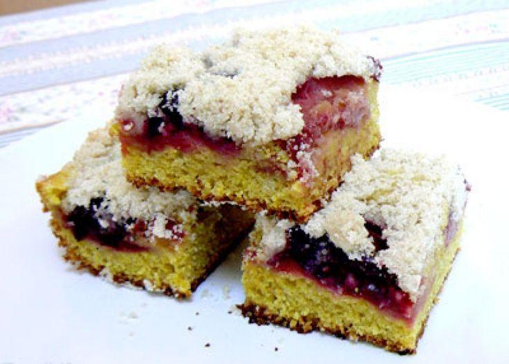 Bezvaječný drobenkový koláč s ovocem