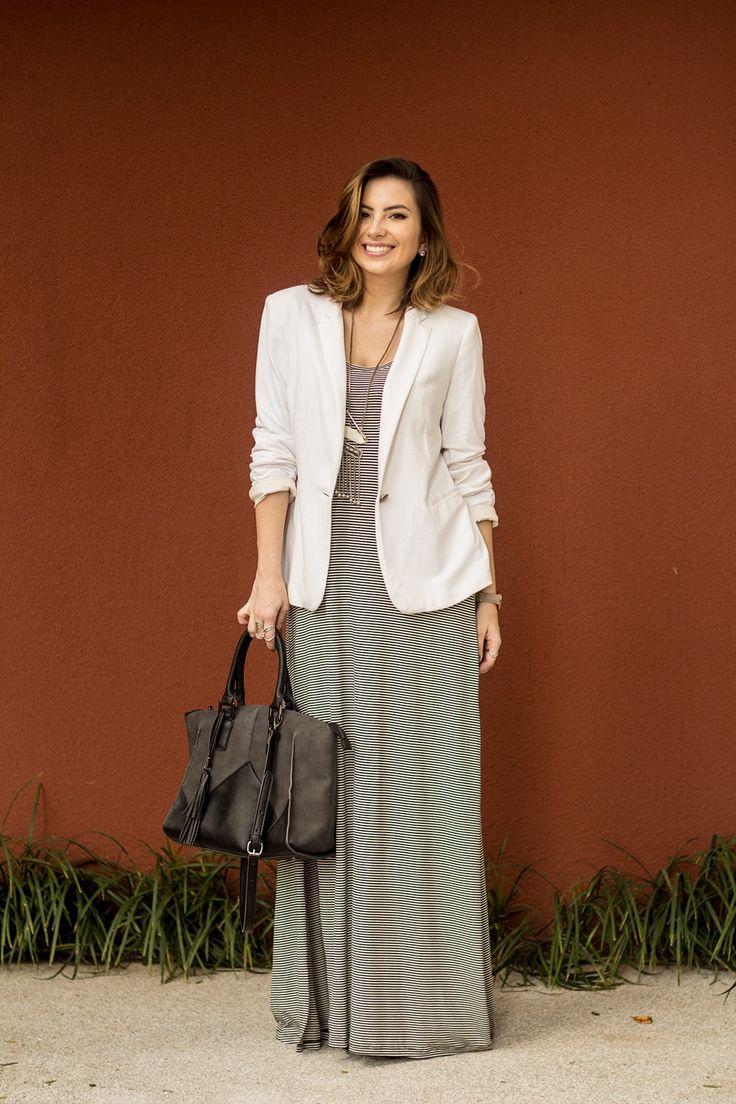LOOK-FERIAS-FIMDEANO-VERAO-BLOG-VANDUARTE: vestido listrado, maxi colar e blazer