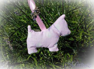 Mirtusz : Levendulával töltött illatos Mirtuszok  Kutyus figura textilből készítve, levendulával töltve