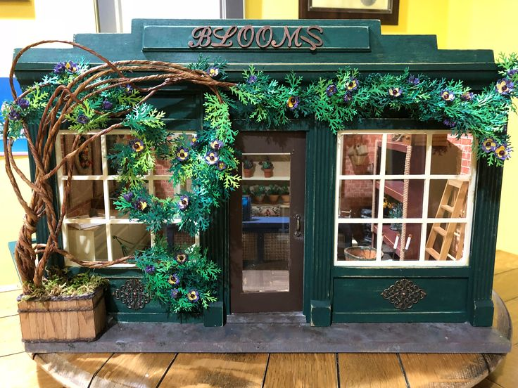 "Miniature Scene - The flower shop ""Blooms."""