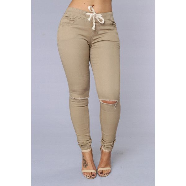 Model This Time On Style Remix, Were Featuring The Classic Khaki Pant It Comes In All Textures And Cuts, But Can Still Be Surprisingly Difficult To Style After All, It Tends To Be Worn As A Business Casual Pant Instead Of An Everyday One, And As