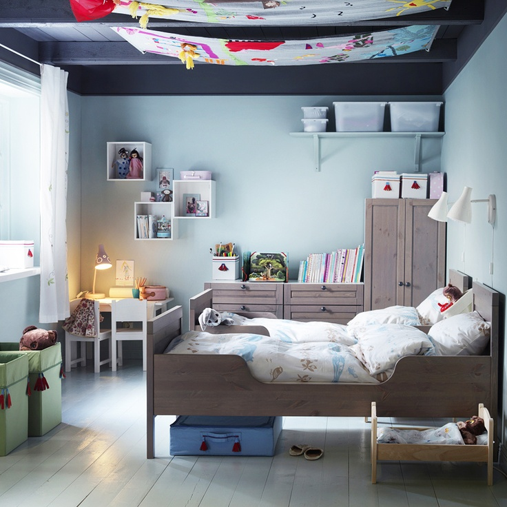 the boo and the boy: shared kids room