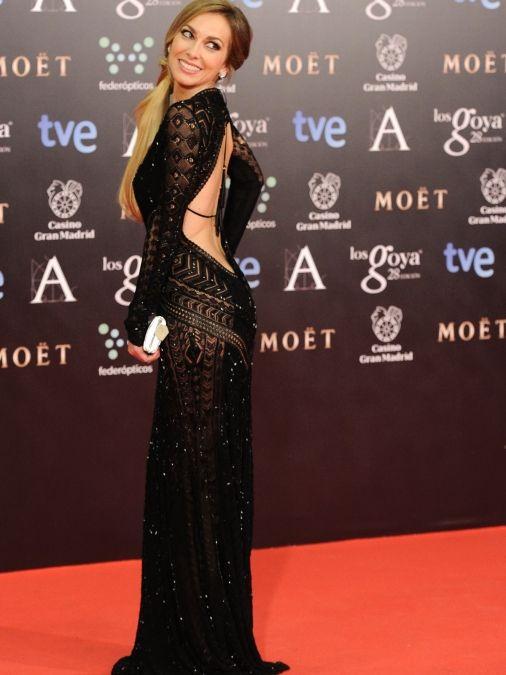 Una sexy Kira Miró con este impresionante de Roberto Cavalli
