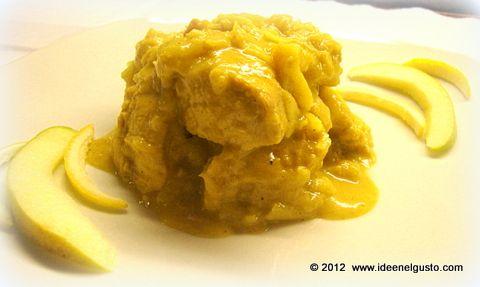 Petto di pollo al curry con mele verdi  chicken with curry