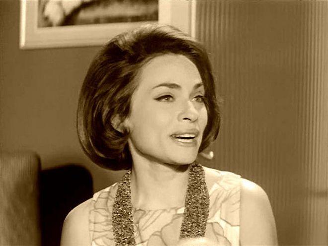 """""""Δεν υπήρχε ούτε ένας στη σχολή που να μην την είχε ερωτευτεί"""". Το συγκινητικό αντίο της Έλενας Ακρίτα στην ηθοποιό Λίλη Παπαγιάννη: """"για τους θεατές έφυγε η «Αθηνάααα» τους, για μένα έφυγε η θεία Λίλη"""" - ΜΗΧΑΝΗ ΤΟΥ ΧΡΟΝΟΥ"""
