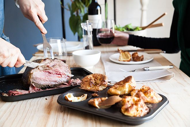 Sharing-roast-beef-and-yorkshire-pudding