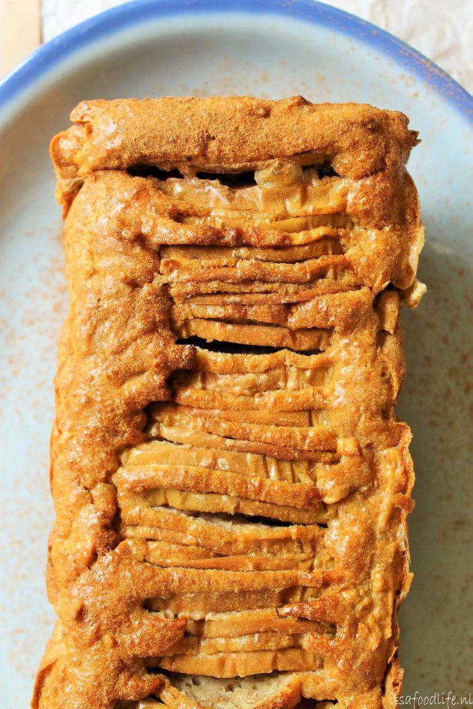 Een gezonde suikervrije appel en peren cake. Lekker voor moederdag! | It's a Food Life