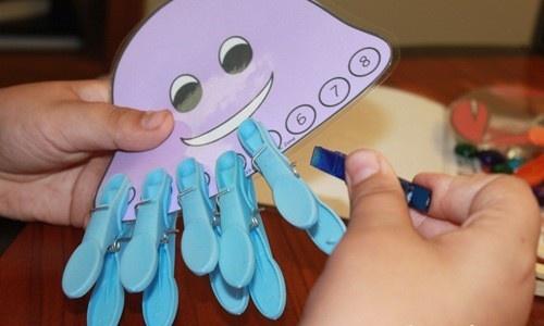 octopus met knijpers - getallen x punten spel voor kinderen