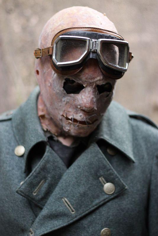 Mr. Strange #mask #goggles #horror