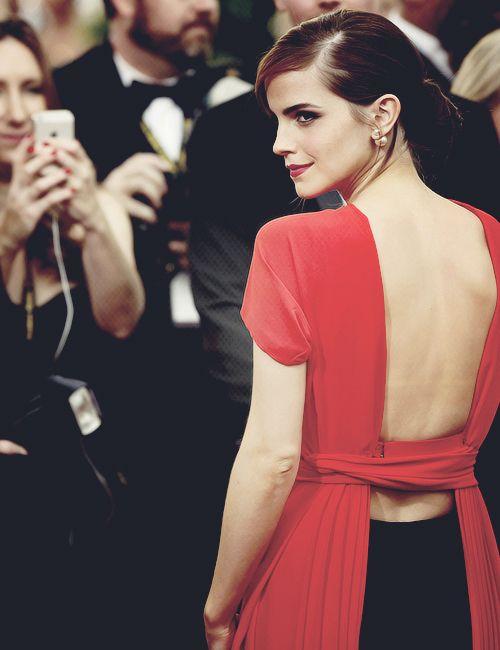 """ Emma Watson at 71st Golden Globe Awards [January 12th,2014] """