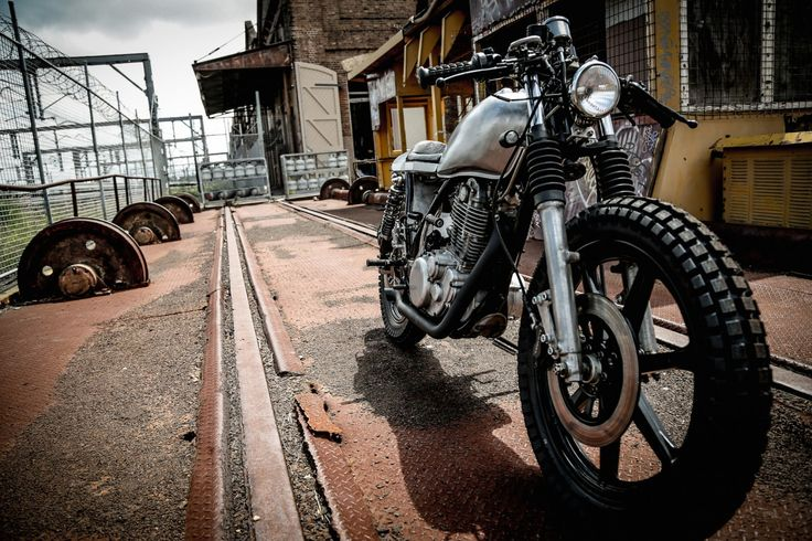 The Yamaha SR400 is a cornerstone of the international custom motorcycle scene, the indestructible single cylinder thumper has one valve in, one valve out and a single carburettor mounted under the seat. This means that when the global nuclear apocalypse finally takes place, the SR400 will be one of the few motorcycles that still works...