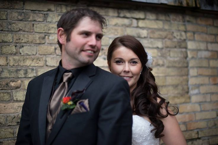 JR & Megan- Barn Wedding Photos