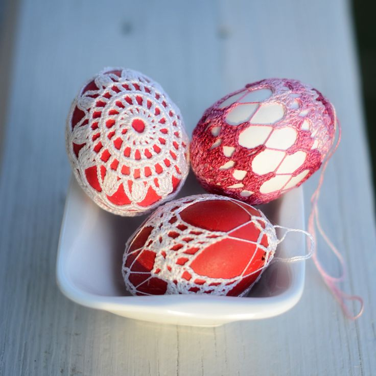 My Grandmother would have loved this idea.  Perhaps I will make a few for Easter 2013.